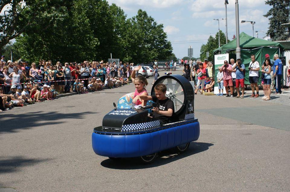 l'hovercraft voiture de République Tchèque