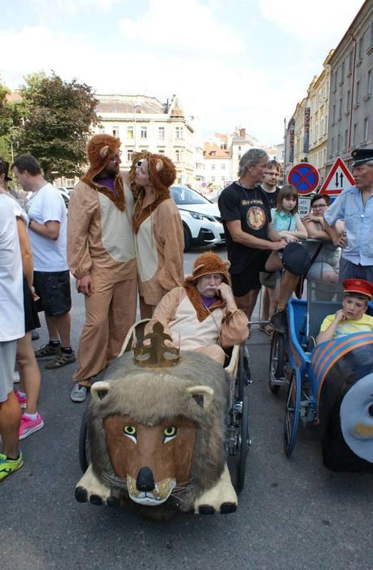 Toute l 'équipe du Lion Tchèque de Hradec Kralové - F.F.C.V.P.