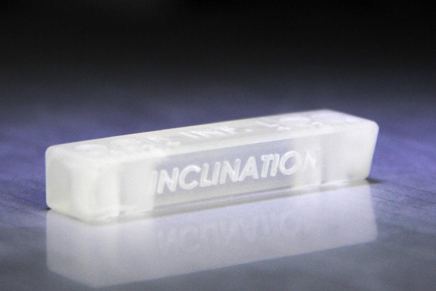 Instrument chirurgical pour implantation de prothèse imprimée en matière biocompatible