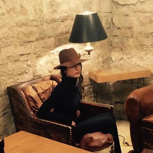 Coiffure REBORN à besançon-Backstage shooting AFYDA ANTARA