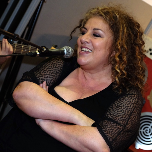 Marianne JAMES - french diva - Musicora - No' Madd