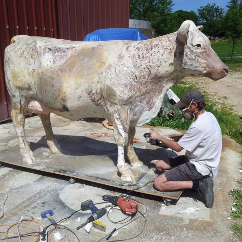 Fabrication d'une vache en résine