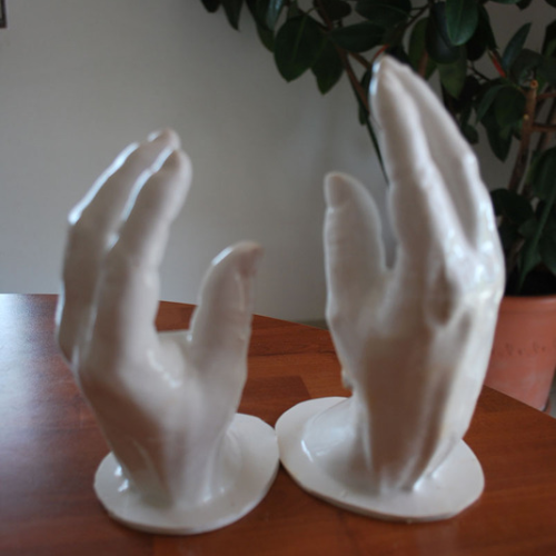 Mains de la Reine Elisabeth
