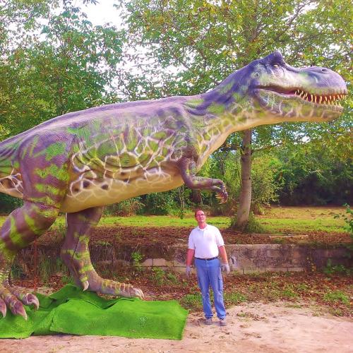 catégorie(s) :  - Tyrannosaurus Rex
