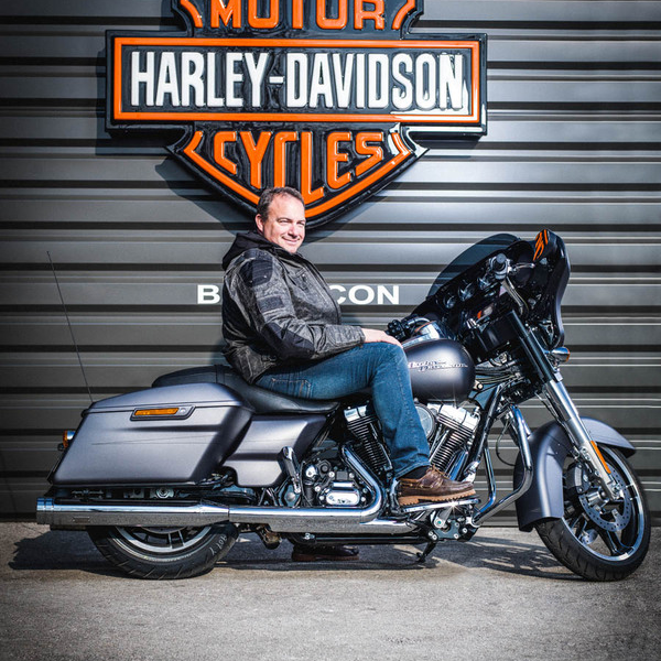 la concession harley davidson besan on. Black Bedroom Furniture Sets. Home Design Ideas