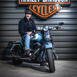 catégorie(s) :  - Alexis GRANDJEAN - Chef d'atelier - Harley-Davidson Besançon