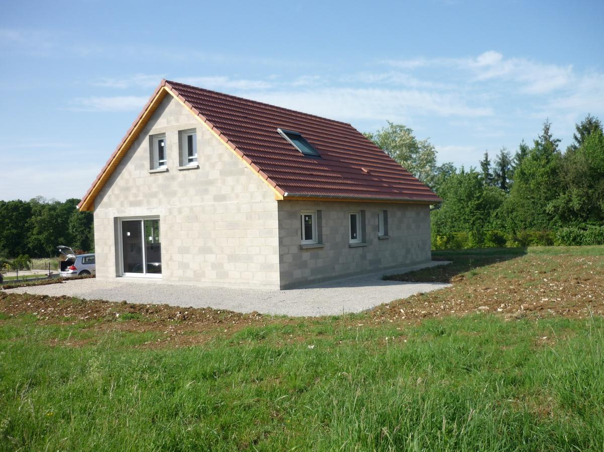 constructeur de maisons traditionnelles maisons vincent besan on. Black Bedroom Furniture Sets. Home Design Ideas