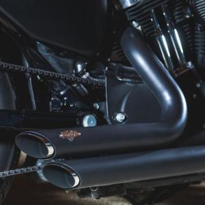 Stage 1 avec ligne d'échappement short shot black mat Vance & Hines - Harley-Davidson Besançon