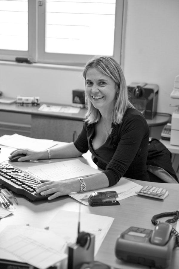 Cindy KRUMMENACHER - Chargée de Clientèle Négoce F3C