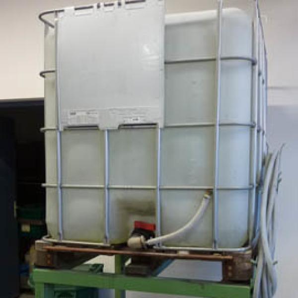Récupération de l'eau de pluie désionisée pour machines à fil - presse étude