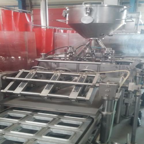 remplisseuse barquettes fromage fondu / beurre