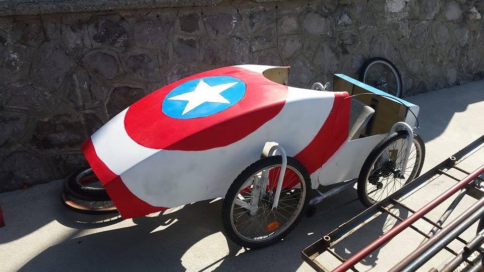 la voiture Captain América avant le départ à Wimereux
