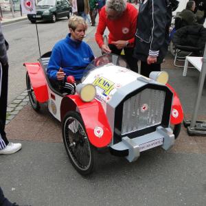 Fier d'être Beauvaisien voiture de Beauvais (60) - F.F.C.V.P.