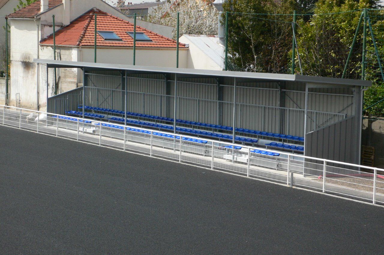 Stade NUNGESSER à Satrouville